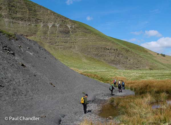 Geology walk at Mam Tor, Castleton in the Peak District. Photo © Paul Chandler